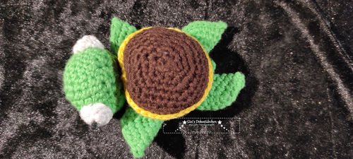Crocheted turtle cotton gift